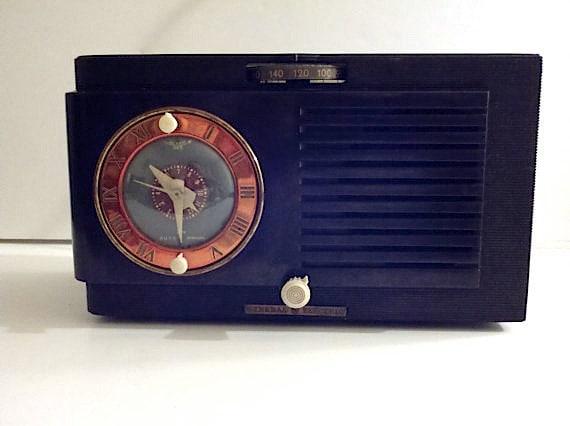 SALE Vintage Bakelite Clock Radio