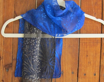 Hand Painted Blue floral silk scarf, Blue Mums Chiffon Scarf, Two tone black and blue silk scarf, Crysanthemums Floral Scarf