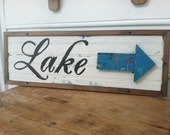 Lake sign with 3D arrow