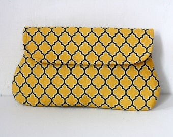 Clutch Purse Lodge Lattice in vintage yellow and gray