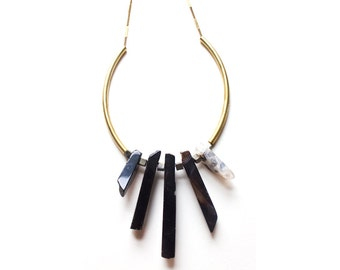 Crystal Curve Necklace - Raw Crystal Statement Necklace Chunky Black Agate Spikes