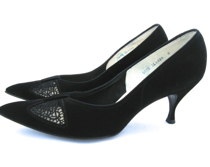 1950s Ladies Black Pumps // Black Suede Pumps // Classic Pumps // Gleneaton Pumps // Cocktail Pumps
