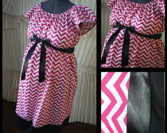 Maternity Hospital Labor Gown- Pink Chevron, Black Band (labor and delivery gown)