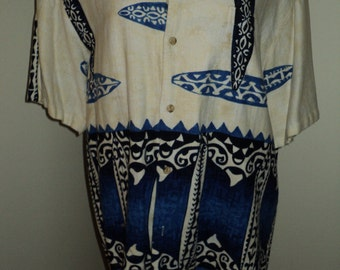 Retro Vintage Extra Large  HAWAIIN BARKCLOTH SHIRT, with Blue and White Hawaiin Surfboard Print, Made in Hawaii, Extra Large Size
