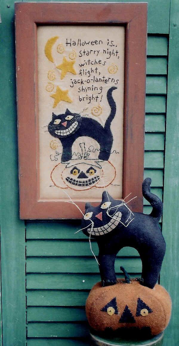 Felt black cat pattern