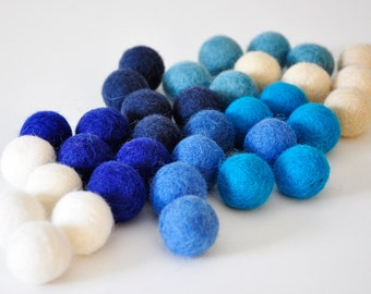 Hanukkah Felt Balls, Hanukkah Decoration, 35 Pieces Wool Felt Balls