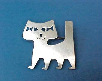 Darling Vintage Mid Century Modern Sterling Silver Era Cat Brooch