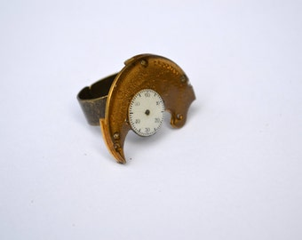 Vintage antique 1888 year pocket watch movement parts ring