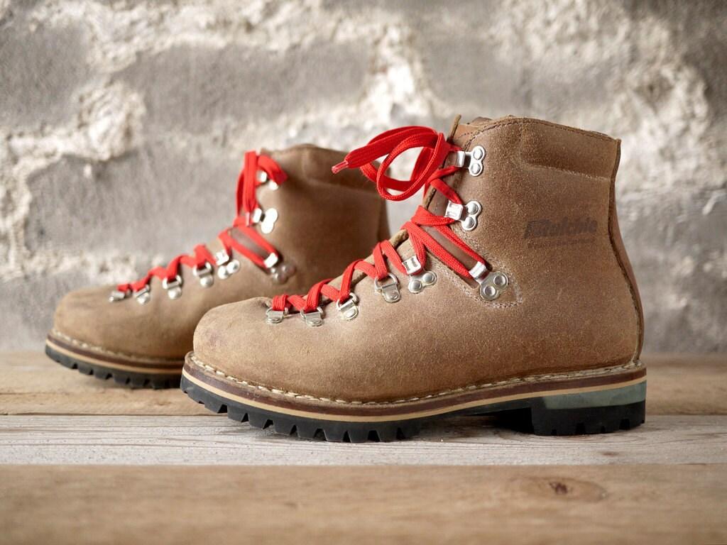 vintage Raichle swiss hiking boots 10 W
