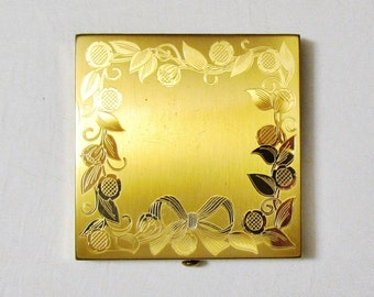 Vintage Wadsworth compact, gold tone compact with engraved floral pattern, never used 1950's compact
