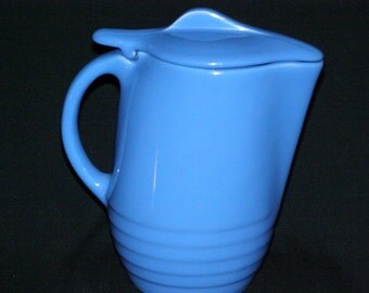 Oxford Ware Universal Pottery Blue Ringed Pitcher/Jug Blue Lid Circa 1950's  Ice Lip