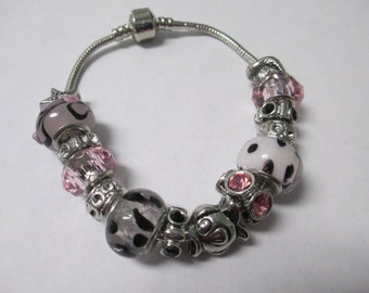 Jewelry European style silver toned beaded bracelet with silver toned beads and glass beads
