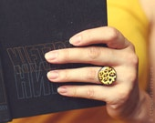 Cheetah yellow black ring. Abstract jewelry, nature jewelry, animal ring, woodland jewellery, yellow ring, cat ring, leopard jewelry