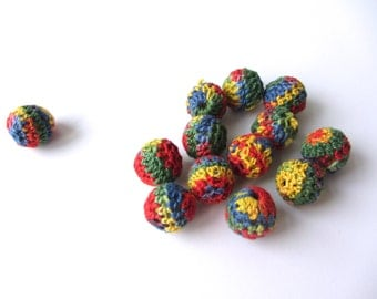 Rainbow crochet ball 3/4 inch 10 pieces nr 18