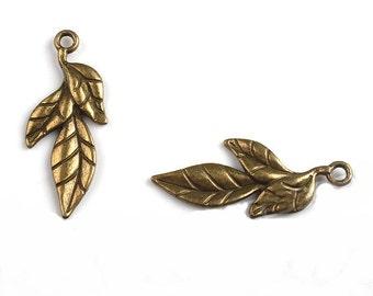1 Leaf Charm Antique Bronze 39 x 17 mm U.S Seller - sc047