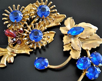 VINTAGE PLATED GOLD flower brooch set