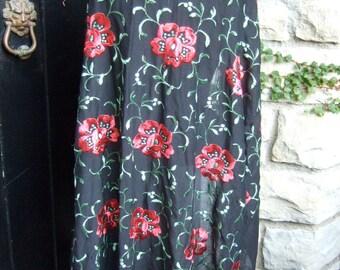Embroidered Vintage Flower Fringe Shawl