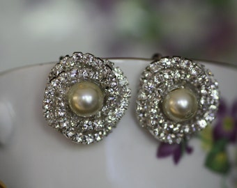 Bridal Studds, Wedding earrings , pearl earrings , Clip-ons, Posts , Crystal posts, rhinestone earrings, vintage, knot