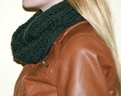 Infinity Scarf - Forest Green Reversible Pattern