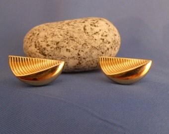Gold Tone Wedge Cuff links