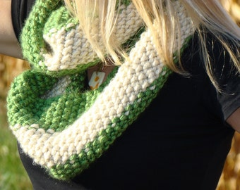 Hand Knit Cowl, Long Infinity Scarf, Green and White Striped Scarf, School Colors Cowl, Fall Fashion Scarf, Autumn Trends Cowl, Circle Scarf
