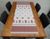 Light grey printed linen table runner