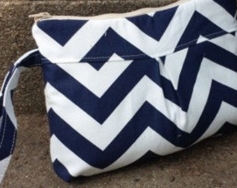 Pleated Clutch Wristlet in Blue Chevron