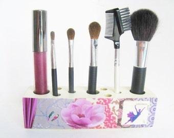 Makeup Brush Organizer Ballet Pink Theme