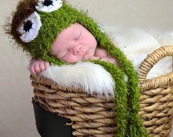 Crochet Oscar the grouch Hat, photography prop, crochet hat, 0 to 3 month