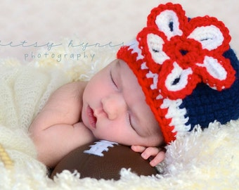 Flowered Baby Crochet Hat.  Photography Prop, crochet hat, baby girl hat