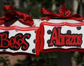 Abrazos, Besos (Hugs Kisses) set of two
