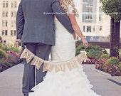 Burlap wedding banner - Mr. & Mrs. burlap and lace wedding garland - Wedding garland - Photography prop - lace banner