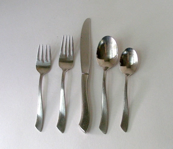 1960s nancy prentiss 40 pc stainless flatware nps2 pattern mid for Alpine cuisine silverware