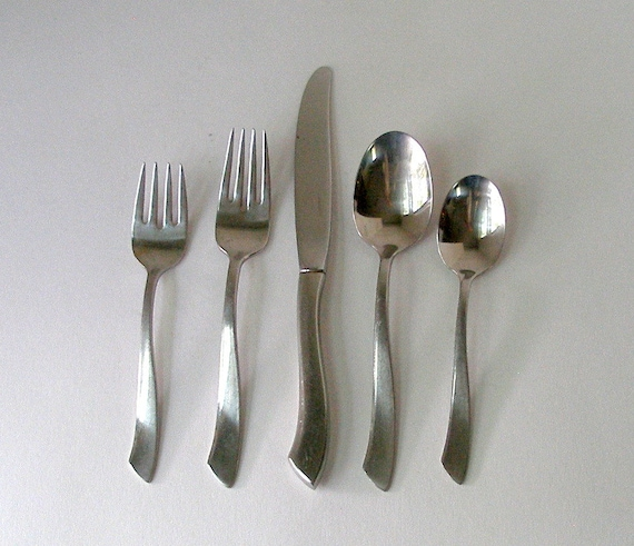 1960s nancy prentiss 40 pc stainless flatware nps2 pattern mid for Alpine cuisine flatware