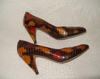J RENEE Gold Brown Red Snake Skin Heels Shoes 7