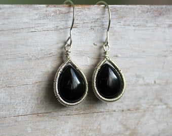 Black Onyx Teardrop Sterling  Earrings - Black Gemstone Dangle Earrings - Black and Silver  - Wire Wrapped Jewelry Handmade