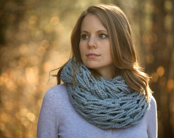Ice Blue Infinity Scarf, Pale Blue Knit Chunky Scarf Cowl
