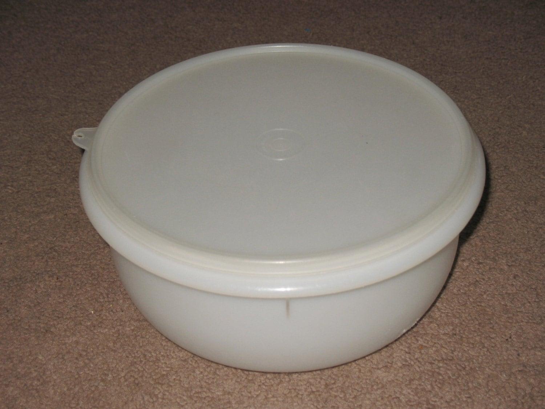 Vintage Tupperware Large Mixing Salad Bowl Lid Sheer White 272