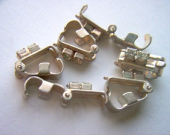 Vintage Fold Over Clasps With Two Clear Rhinestones x 6    # I I 10