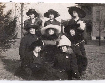 Old Photo Group of Women wearing Big Hats Fur Collars Fur Muffs Winter Coats Photograph 1910s Snapshot vintage Antique