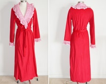 Red House Robe, Size Medium, Women's Vintage Robe, Ladies' Lingerie, Kingly Vintage House Coat, Long Red Robe, Christmas Gift, For Her