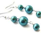 Teal Earrings, Teal Blue Earrings, Pearl Dangle Earrings, Pearl Drop Earrings, Blue Pearl Earrings, Blue Earrings
