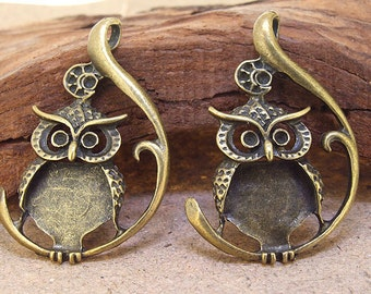 4 Beads Charm  Owl Pendants bronze Link Plated Victorian Pendants fitting Base Link Beads ----- 47mmx 30mm ----- 3 Pieces 2O