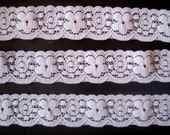 REMNANT- Stretch Floral Wave Lace Trim / White, 1 1/8 inch wide, For Apparel, Accesories, Scrapbook, Home Decor, Victorian & Romantic Crafts