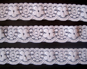 Stretch Floral Wave Lace Trim / White, 1 1/8 inch wide, 1 yard, For Apparel, Accesories, Scrapbook, Home Decor, Victorian & Romantic Crafts