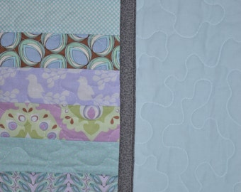 CLEARANCE: On the Wings of a Dove Child's Quilt