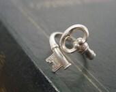 Avon Sterling Silver Secret Key Skeleton Key Ring - Vintage 1976
