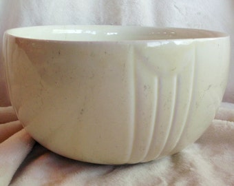 Vintage art deco cottage style mixing bowl with very pale greenish yellow glaze