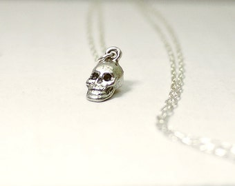 Skull necklace - silver - minimal edgy Halloween