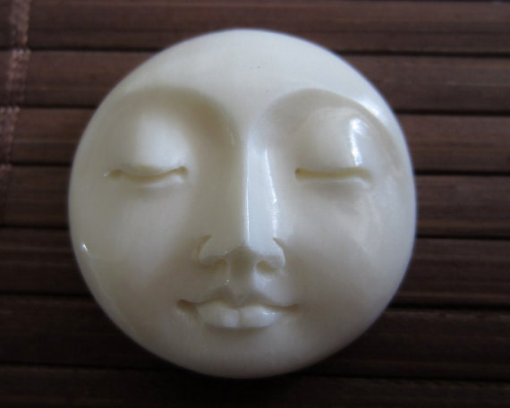 25mm Gorgeous Hand Carved Moon Face Closed Eye , Embellishment, Moon face cameo, Bone Carving B3449